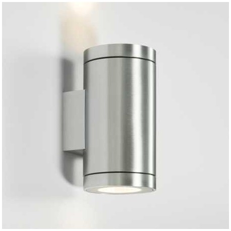 Eclairage mural ext rieur wever ducr tube led applique for Tube led exterieur