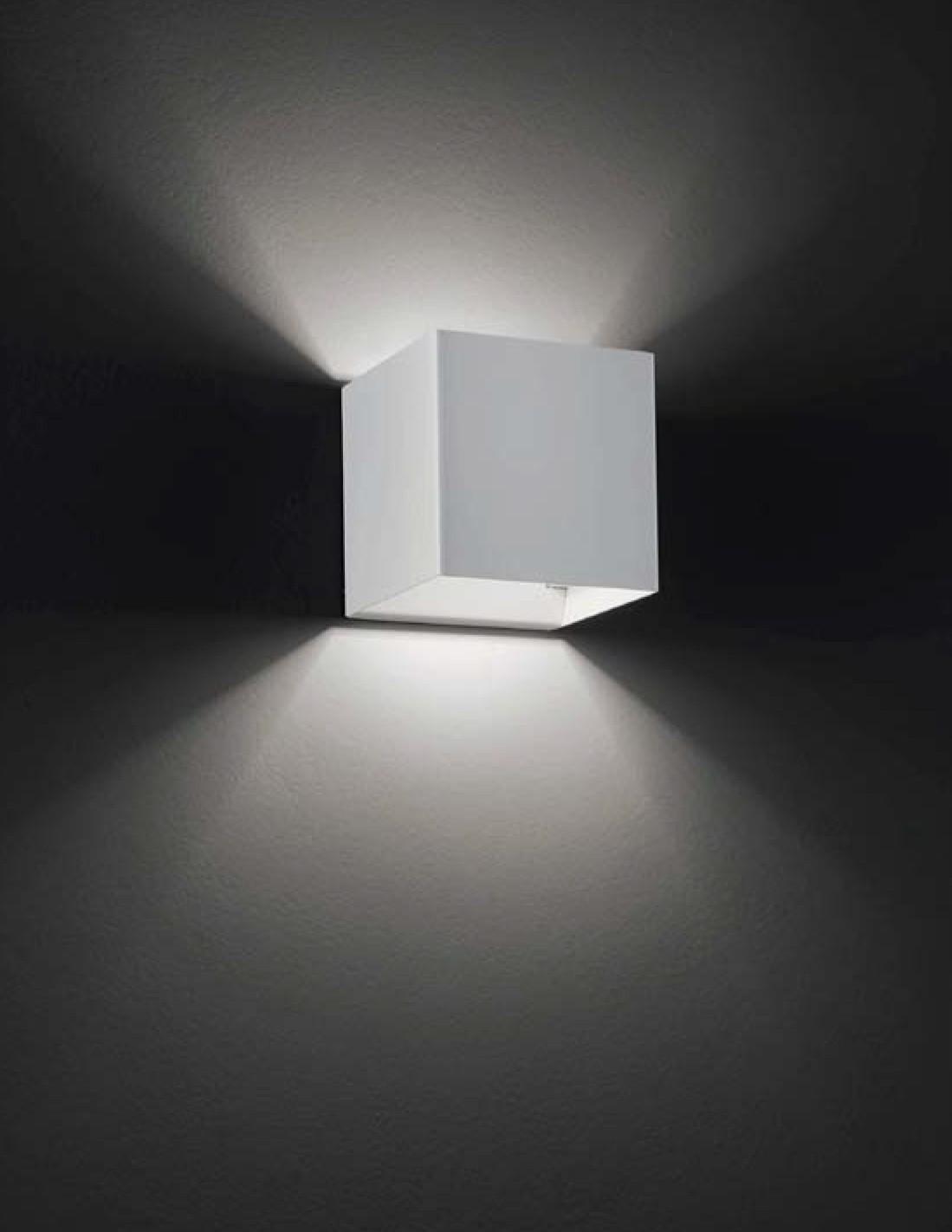 Studio Italia Design Laser Cube Luminaire Led Cubique Mur